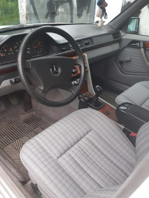 Mercedes W124 200D Giełda Mercedesów