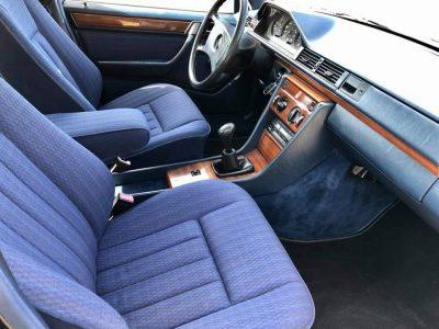 Mercedes W124 250D Giełda Mercedesów