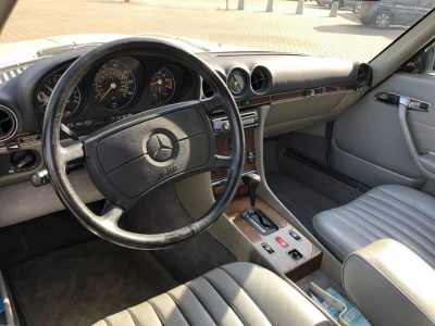 Mercedes R107 560SL Giełda Mercedesów